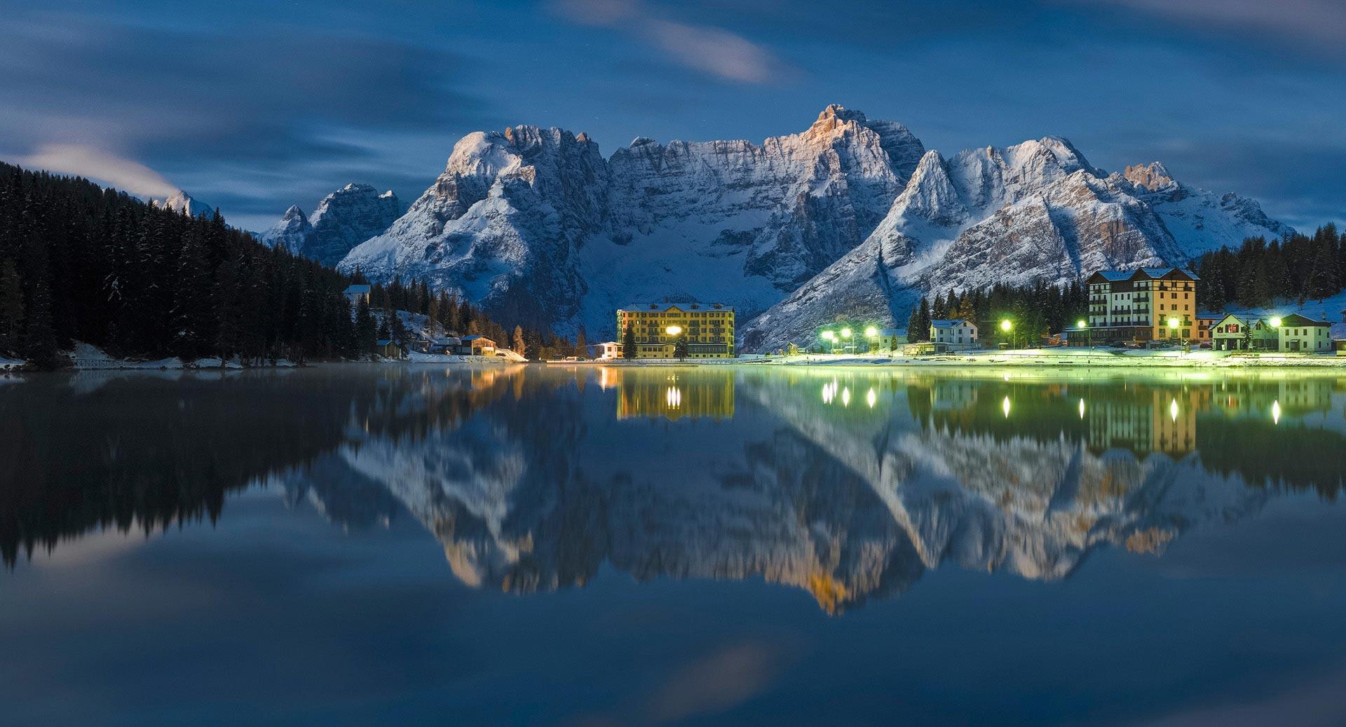 Misurina lake blue-misurina_©nicolabombassei